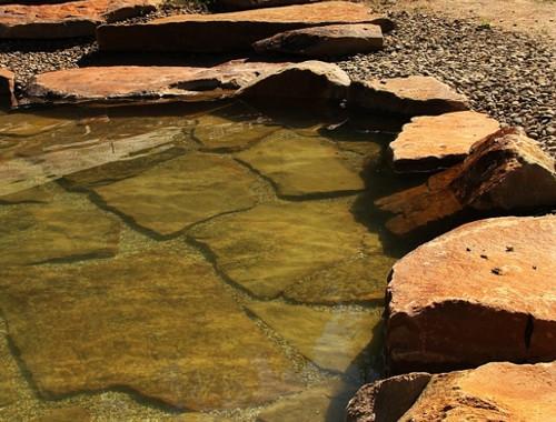 Jezírka z kamene
